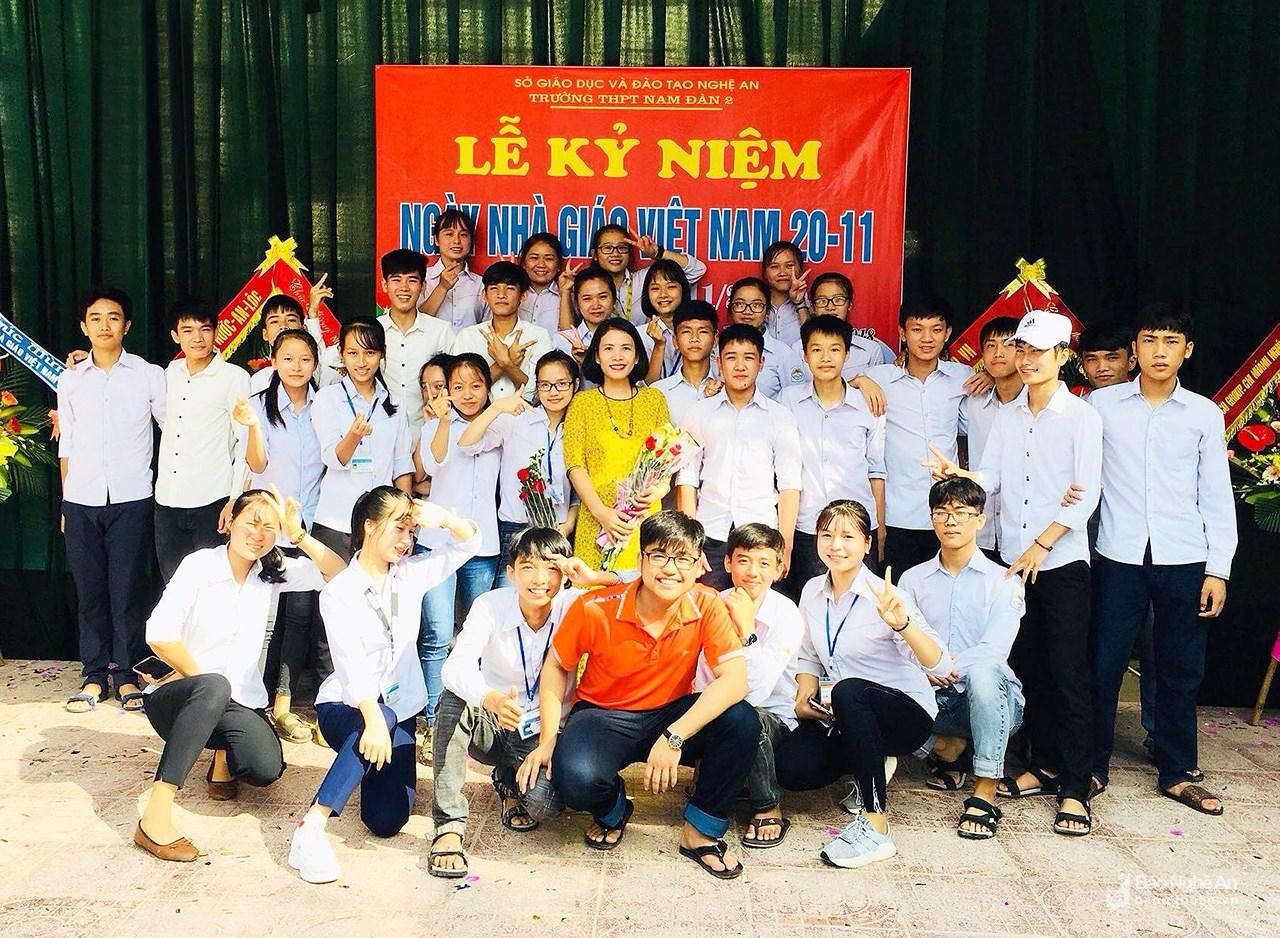 Lớp học 43 em ở vùng lũ Nghệ An đều đậu đại học các trường tốp đầu cả nước - Hình 1