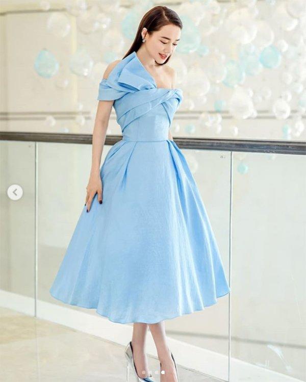 Mẹ một con nào như Nhã Phương, diện một chiếc váy cũng đủ khiến fan đứ đừ vì quá đẹp! - Hình 2
