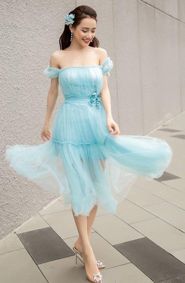 Mẹ một con nào như Nhã Phương, diện một chiếc váy cũng đủ khiến fan đứ đừ vì quá đẹp! - Hình 6