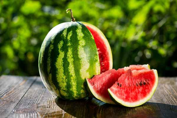 Những điều nên biết khi ăn dưa hấu trong mùa hè này - Hình 1