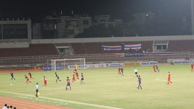 Những khoảnh khắc U18 Việt Nam bất lực trước U18 Thái Lan đã bị loại - Hình 7