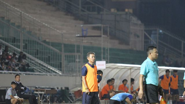 Những khoảnh khắc U18 Việt Nam bất lực trước U18 Thái Lan đã bị loại - Hình 10