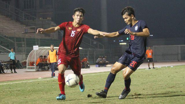 Những khoảnh khắc U18 Việt Nam bất lực trước U18 Thái Lan đã bị loại - Hình 11