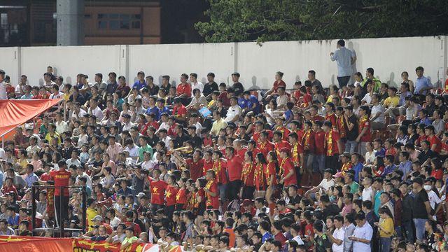 Những khoảnh khắc U18 Việt Nam bất lực trước U18 Thái Lan đã bị loại - Hình 1