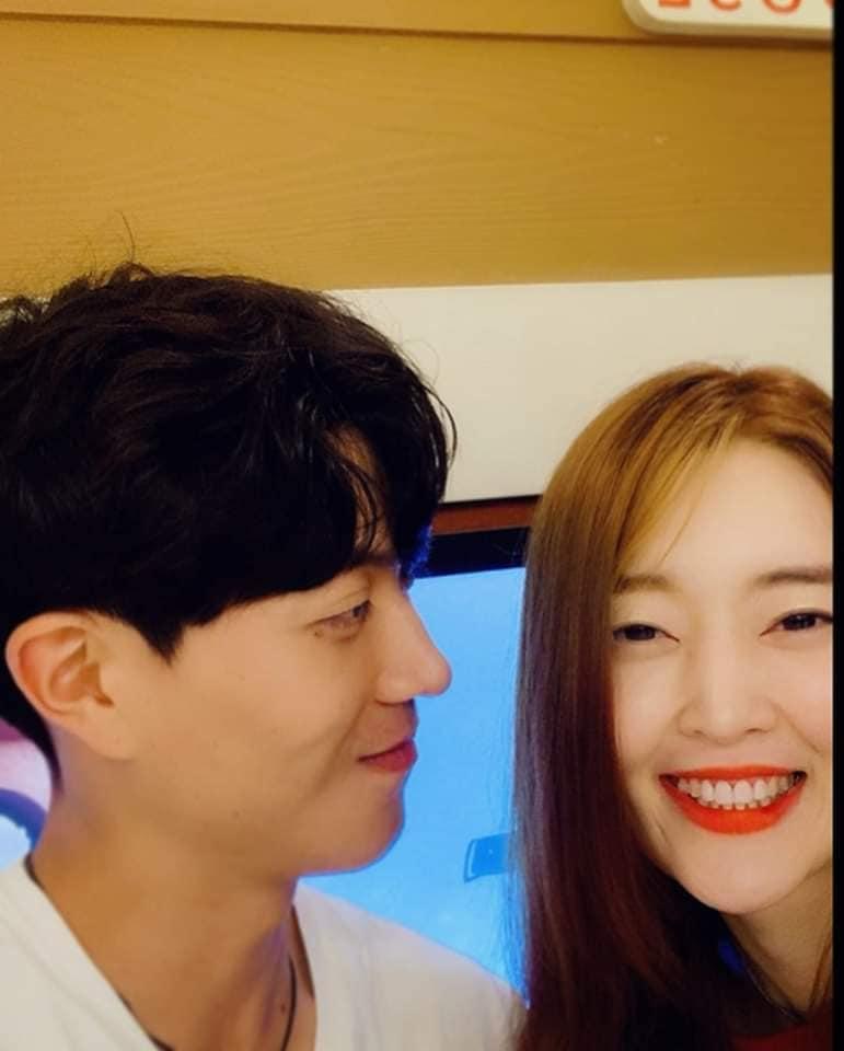 Song Joong Ki vừa ly hôn, cựu thành viên T-ara Areum tuyên bố kết hôn - Hình 2