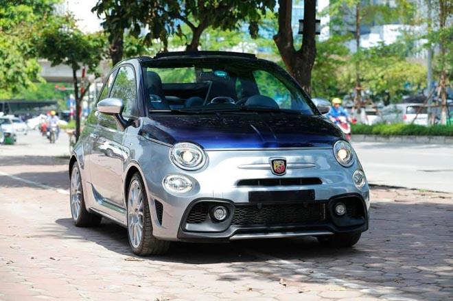 Xe cỡ nhỏ do Ý sản xuất có giá gần 3 tỷ đồng tại Việt Nam - Hình 4