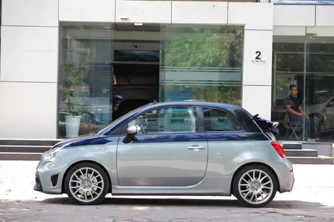 Xe cỡ nhỏ do Ý sản xuất có giá gần 3 tỷ đồng tại Việt Nam - Hình 3