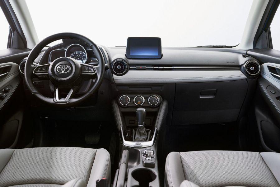 Toyota Yaris Hatchback 2020 có giá bán chỉ từ 435 triệu VNĐ - Hình 5
