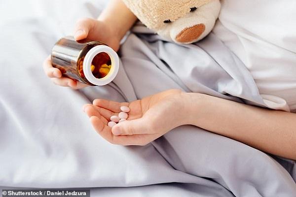 Cho trẻ sử dụng kháng sinh trị ho sẽ làm tăng khả năng bị bệnh trong tương lai - Hình 1