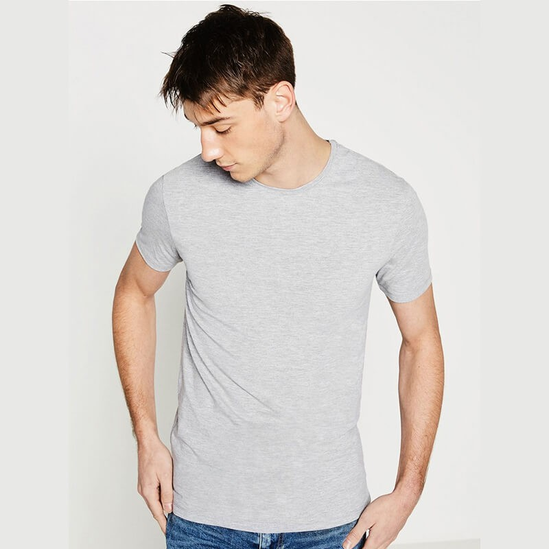 Vì sao các bà vợ nên sắm cho chồng mình 1 chiếc áo lót màu ghi thay vì cứ mãi mặc màu trắng - Hình 4