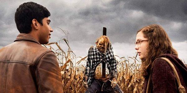 Cái kết của 'Scary Stories to Tell in the Dark' khép lại một cơn ác mộng và dựng lên một thứ đáng sợ hơn! - Hình 6