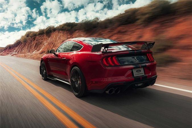 Mustang Shelby GT500 - xe thể thao mạnh nhất của Ford - Hình 2