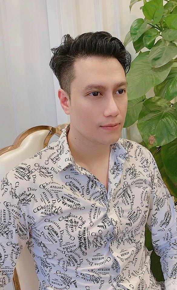 Việt Anh gây hoang mang với gương mặt kém sắc lạ hoắc sau gần 2 tháng phẫu thuật thẩm mỹ - Hình 1