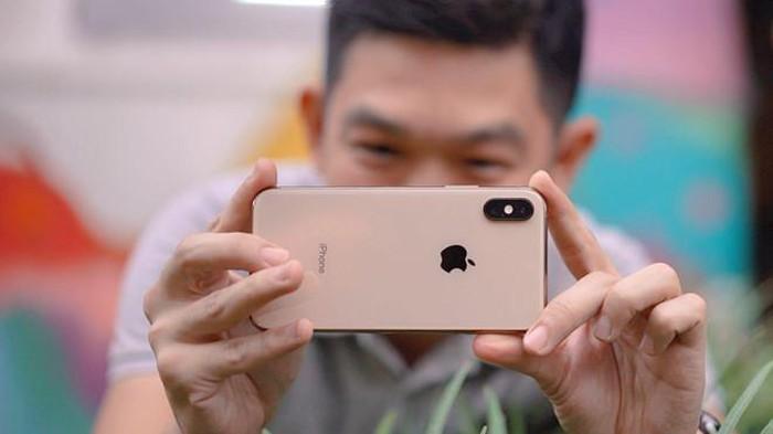 Apple bị cáo buộc ăn cắp công nghệ trên camera kép iPhone XS Max - Hình 1