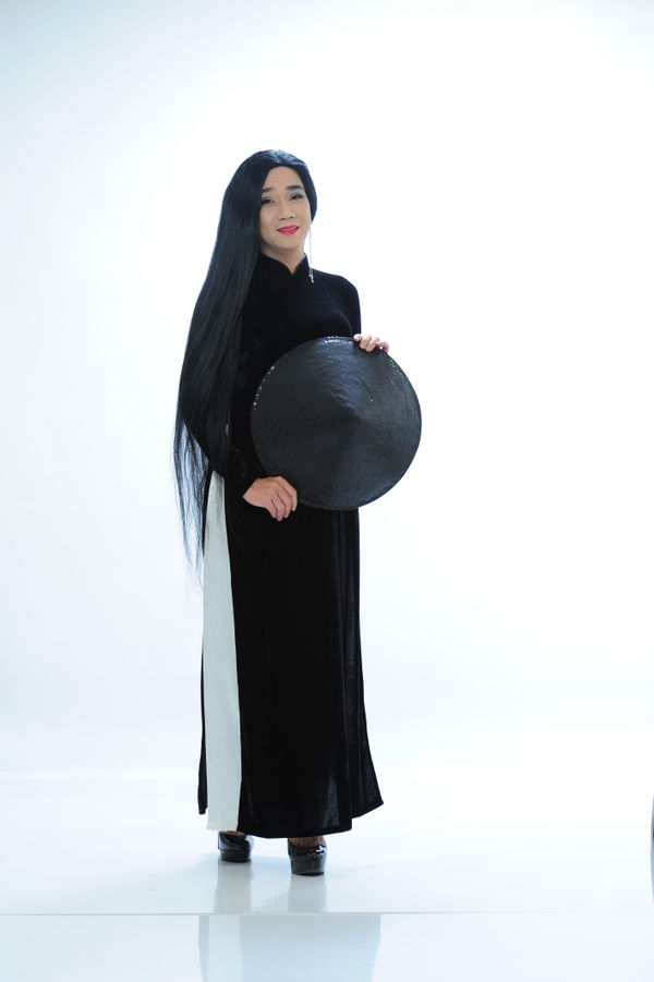 Công bố bộ ảnh cố nghệ sĩ Minh Thuận nền nã trong tà áo dài trước khi qua đời không lâu - Hình 11