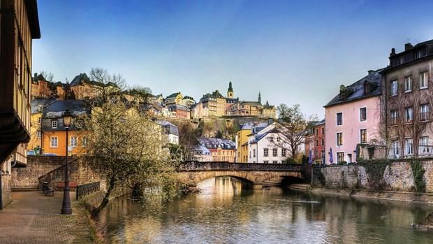 Du lịch mùa Thu: Những điểm đến đẹp như tranh vẽ từ Âu sang Á - Hình 2
