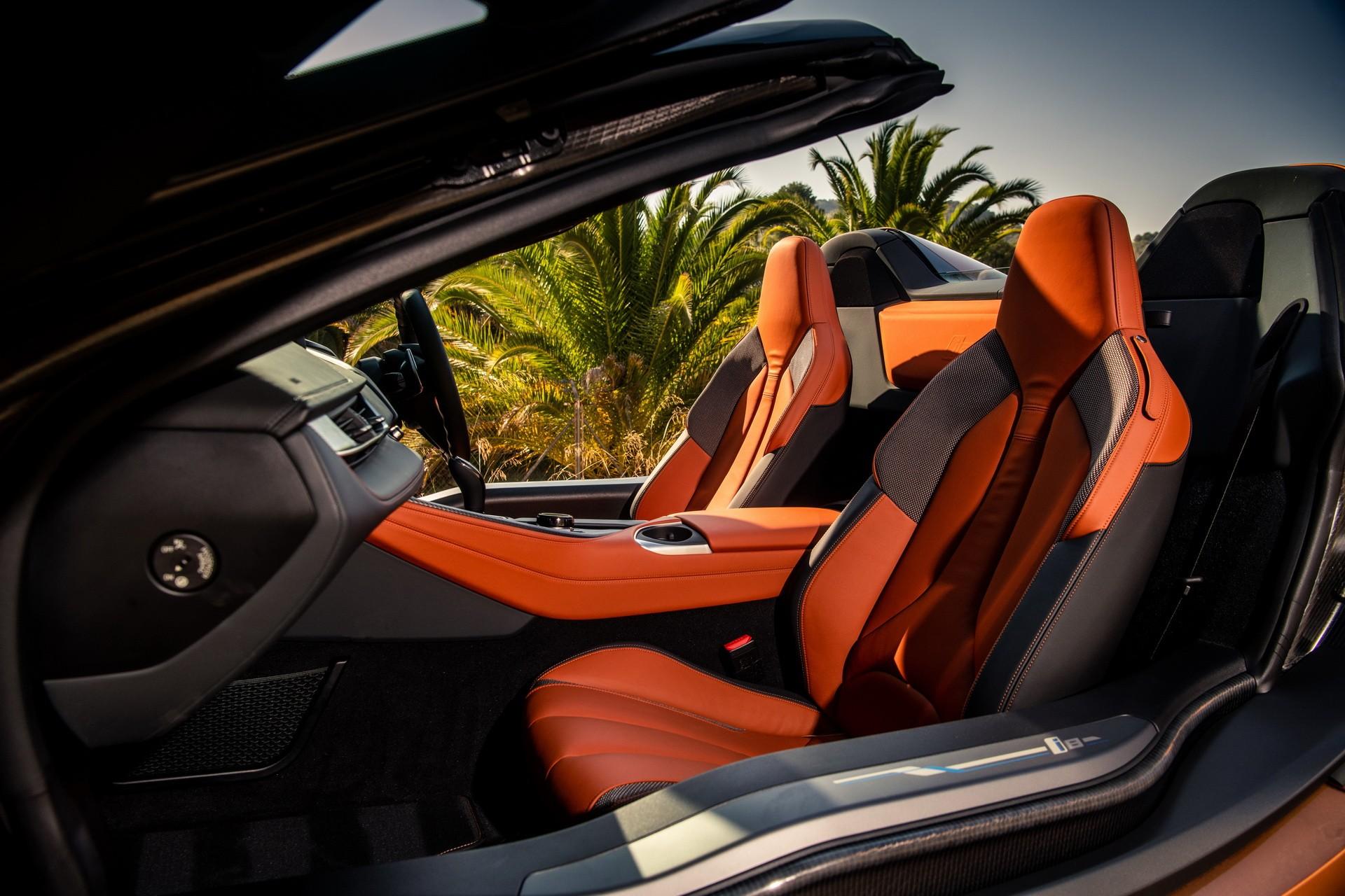 Lộ diện hình ảnh BMW i8 thoát xác với hình hài mới, sắc sảo không ngờ - Hình 3