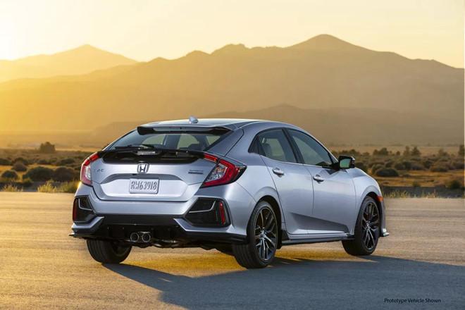 Bất chấp xu hướng, Honda trang bị số sàn cho Civic 2020 bản cao nhất - Hình 2