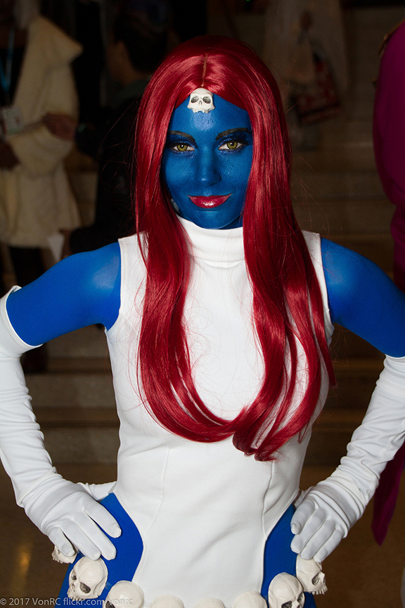 Mystique cô gái xanh lè của biệt đội X-Men siêu đẳng - Hình 3