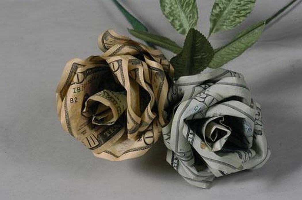 Những khoản tiền hoa hồng đầu năm học thật hấp dẫn của hiệu trưởng! - Hình 1