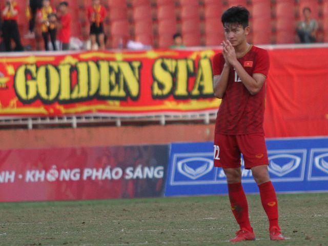 Những khoảnh khắc U18 Việt Nam bất lực trong trận thua sốc trước Campuchia - Hình 12