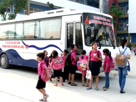 Quảng Ninh rà soát xe ô tô đưa đón học sinh - Hình 1