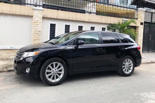 Toyota Venza chỉ hơn 600 triệu đồng tại Bình Dương - Hình 1