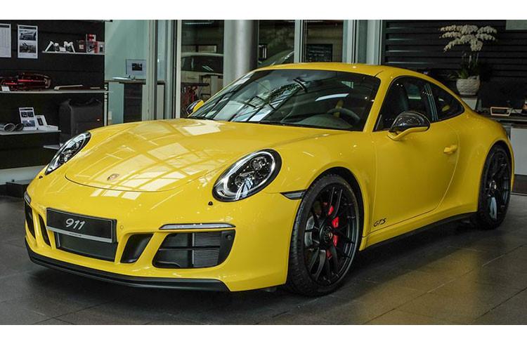 Siêu xe đỉnh Porsche 911 Carrera GTS giá hơn 8 tỷ ở Việt Nam - Hình 1
