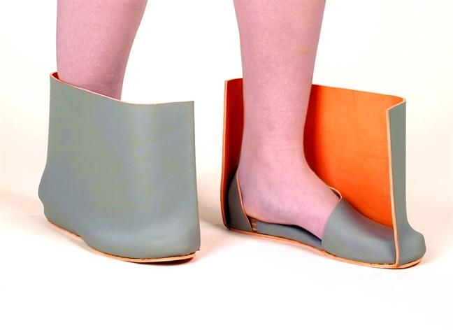 Ugly shoes - giày xấu lạ mể mẩn sao và fashionista khắp thế giới - Hình 2