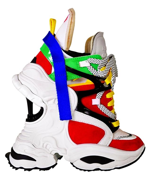 Ugly shoes - giày xấu lạ mể mẩn sao và fashionista khắp thế giới - Hình 5