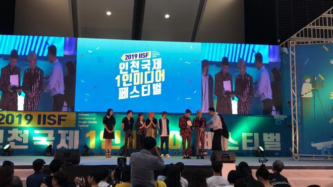 Độc quyền: Jack và K-ICM nhận kỷ niệm chương công nhận những đóng góp, tôn vinh văn hóa nghệ thuật Việt Nam tại Hàn Quốc - Hình 6