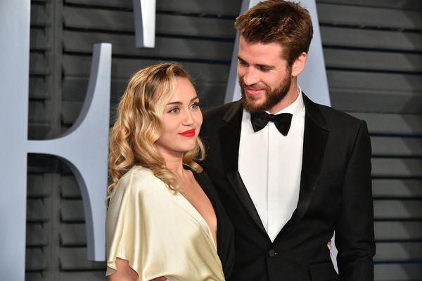 Miley Cyrus ra ca khúc mới: Lí do ly thân với Liam Hemsworth được người trong cuộc ngầm xác nhận - Hình 2