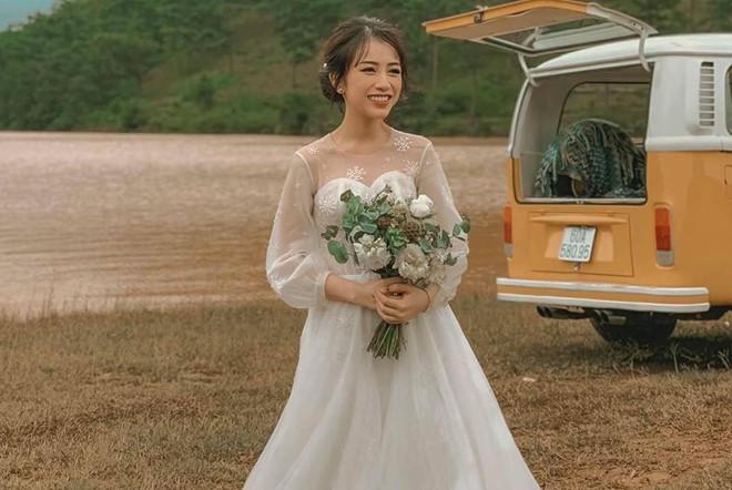 Thú chơi đồ hiệu, xe xịn của chồng sắp cưới con gái Minh Nhựa - Hình 18