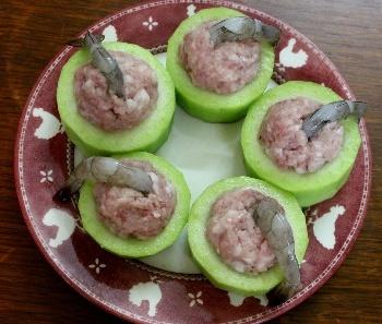 Canh bí xanh nhồi tôm thịt thanh ngọt, giải nhiệt mùa nóng - Hình 4