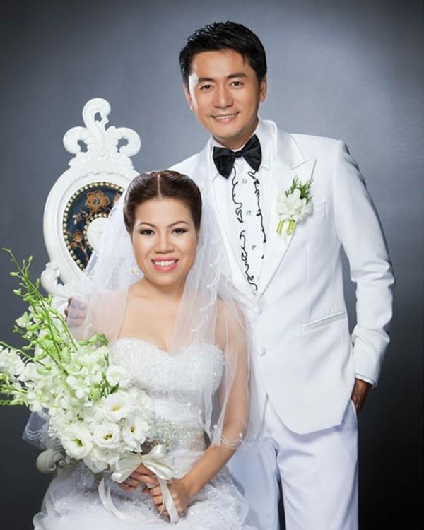 10 năm bên nhau của vợ chồng Trương Minh Cường - Hình 1