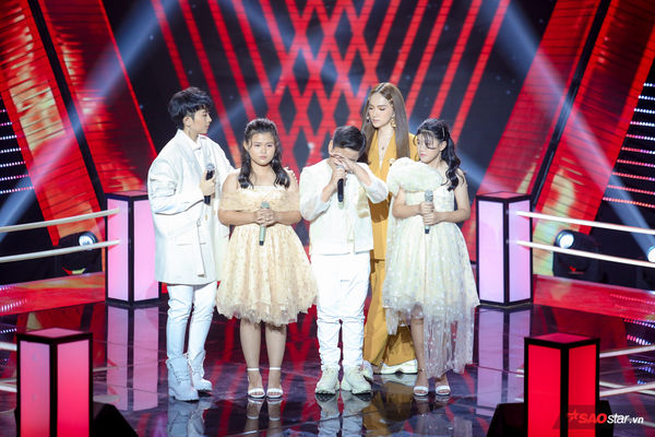 Ánh Nguyễn - Chấn Quốc - Ánh Bùi khiến Hương Giang liên tục khóc, không nỡ loại vì quá xuất sắc - Hình 11