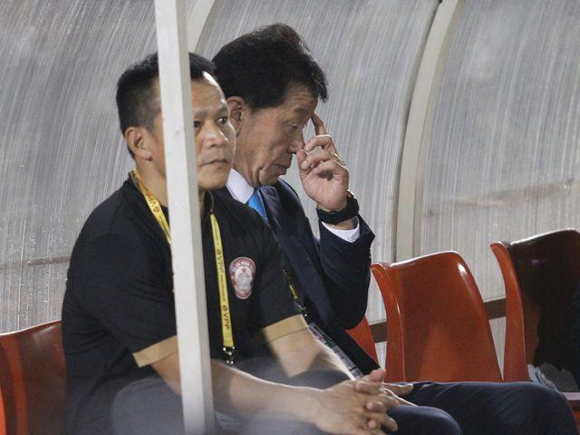 HLV Chung Hae Seong thừa nhận TPHCM khó vô địch V-League 2019 - Hình 1