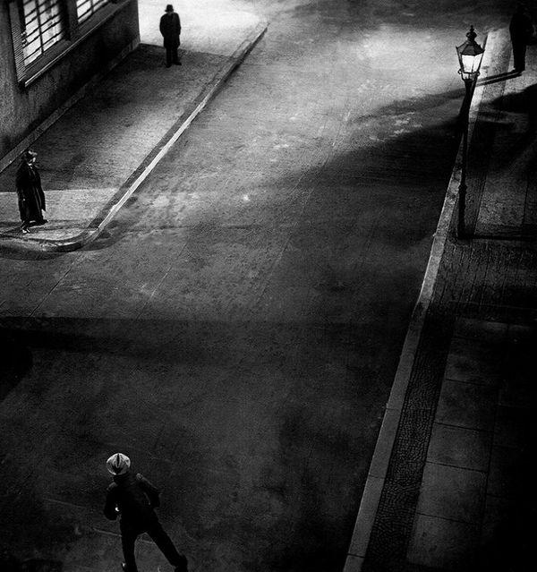 'M': Tiếng huýt sáo ác nhân, cơn ác mộng đô thị - Hình 10