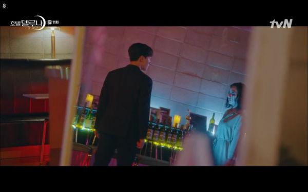 Phim Hotel Del Luna tập 11: IU bất ngờ bị thần chết hỏi thăm, Yeo Jin Goo gặp nguy hiểm khi đụng độ ác nhân - Hình 48
