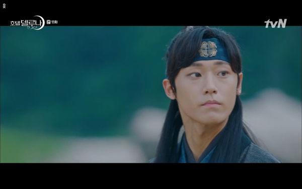 Phim Hotel Del Luna tập 11: IU bất ngờ bị thần chết hỏi thăm, Yeo Jin Goo gặp nguy hiểm khi đụng độ ác nhân - Hình 6