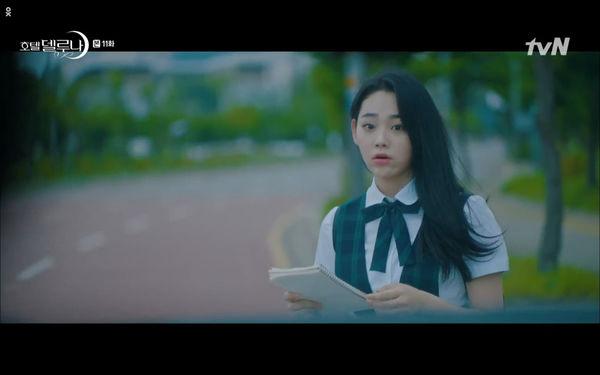 Phim Hotel Del Luna tập 11: IU bất ngờ bị thần chết hỏi thăm, Yeo Jin Goo gặp nguy hiểm khi đụng độ ác nhân - Hình 38