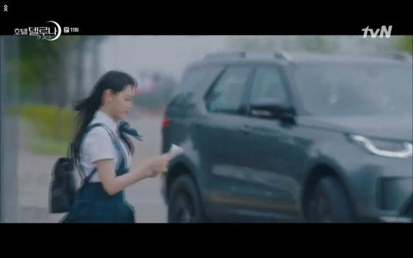 Phim Hotel Del Luna tập 11: IU bất ngờ bị thần chết hỏi thăm, Yeo Jin Goo gặp nguy hiểm khi đụng độ ác nhân - Hình 36