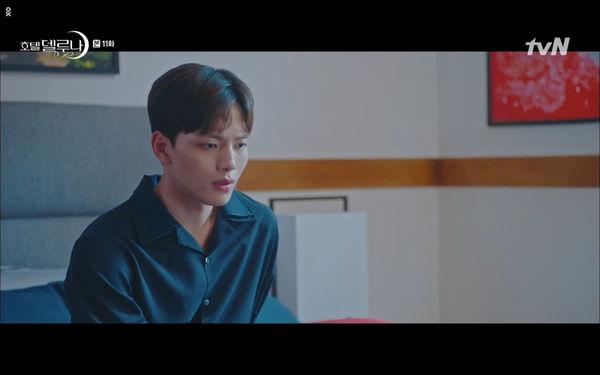 Phim Hotel Del Luna tập 11: IU bất ngờ bị thần chết hỏi thăm, Yeo Jin Goo gặp nguy hiểm khi đụng độ ác nhân - Hình 8