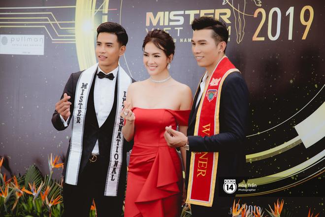 Trương Ngọc Ánh, Khánh Ngân mặc đồng điệu đọ sắc cùng dàn mỹ nhân, nam vương Vbiz tại sự kiện - Hình 7