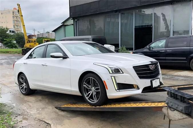 Cadillac CTS V-Sport 2019 cập bến Việt Nam, quyết đấu BMW 5 Series, Mercedes-Benz E-Class - Hình 1