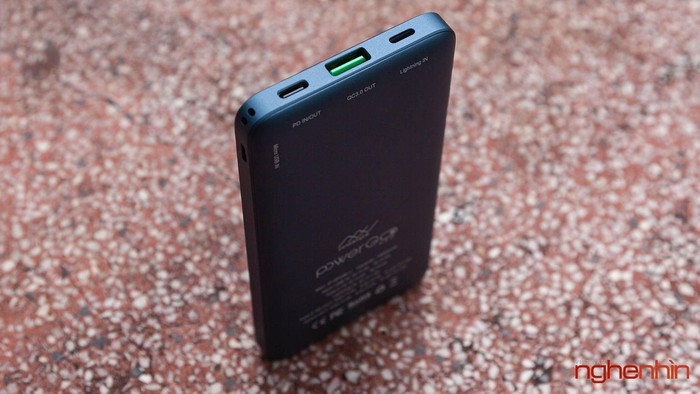 Đánh giá nhanh pin sạc dự phòng InnoStyle Powergo Pro 10.000 mAh - Hình 5