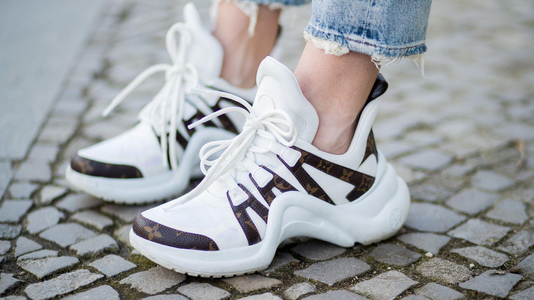 Điểm tin thời trang - Giày thuần chay trở thành xu hướng nóng - Hình 3