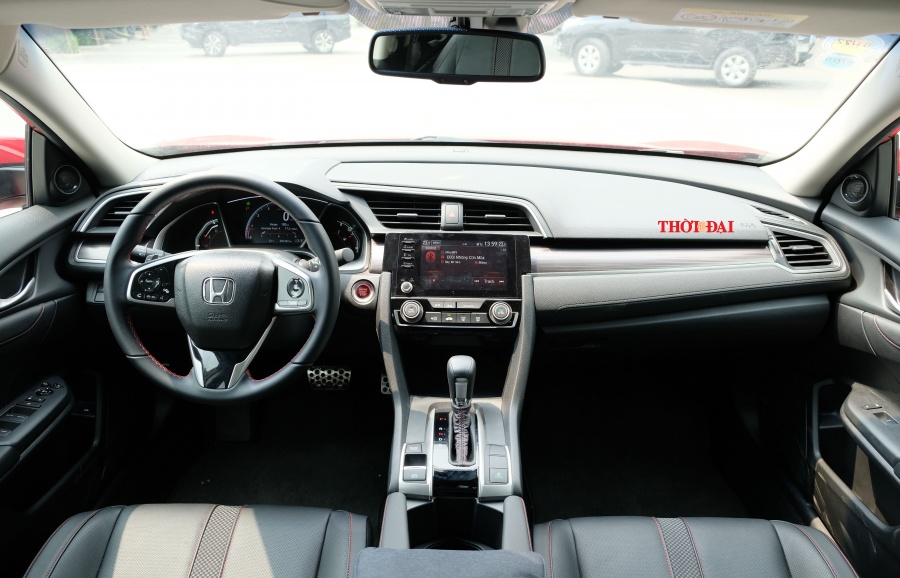Honda Civic RS 2019: Trẻ, khoẻ nhưng kém thể thao vì hộp số CVT - Hình 3