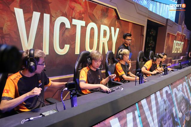 Liên Quân Mobile: Địa chấn xảy ra, nhà vô địch thế giới Team Flash để mất vé đi SEA Games 2019 vào tay ZD eSports - Hình 4