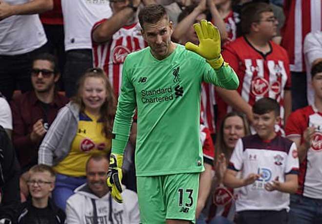 Liverpool mong manh hàng thủ: Siêu trung vệ Van Dijk gồng mình gánh đỡ - Hình 2
